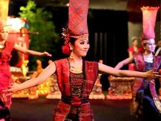 Batak Toba Dance - Tortor Tandok