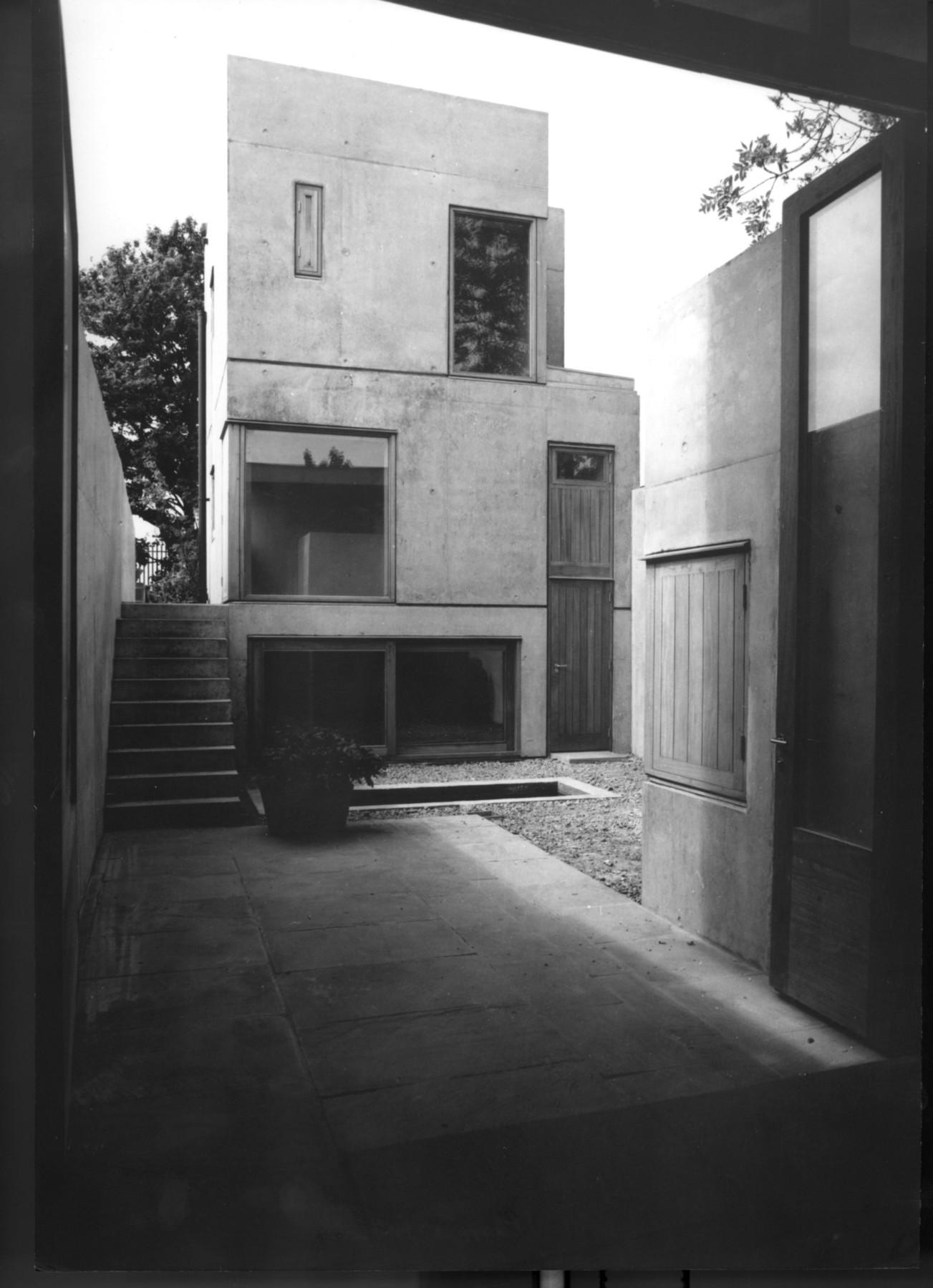 a050_01_hudson-house_photograph.jpg