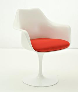 Tulip Chair by Eero Saarinen 1957