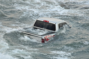 drowning-truck-seven-2-May-2013.jpg