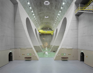 Edgar Martins | Fratel power station: machine hall