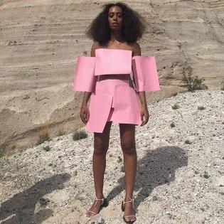 the pink paper dress for @saintrecords #cranesinthesky 💕