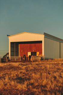 longhouse-australia-architecture-partners-hill_dezeen_2364_col_26-scaled.jpg