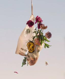 Flower | Bag | Conceptual | Plastic | Smile | Pastel | Minimal