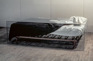Untitled (bed), Charles Ray