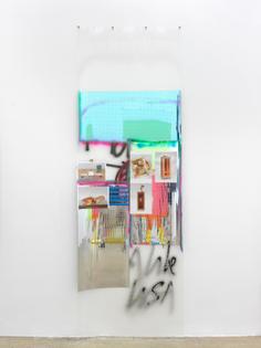 Isa Genzken, Fassade II (Duchamp), 2010
