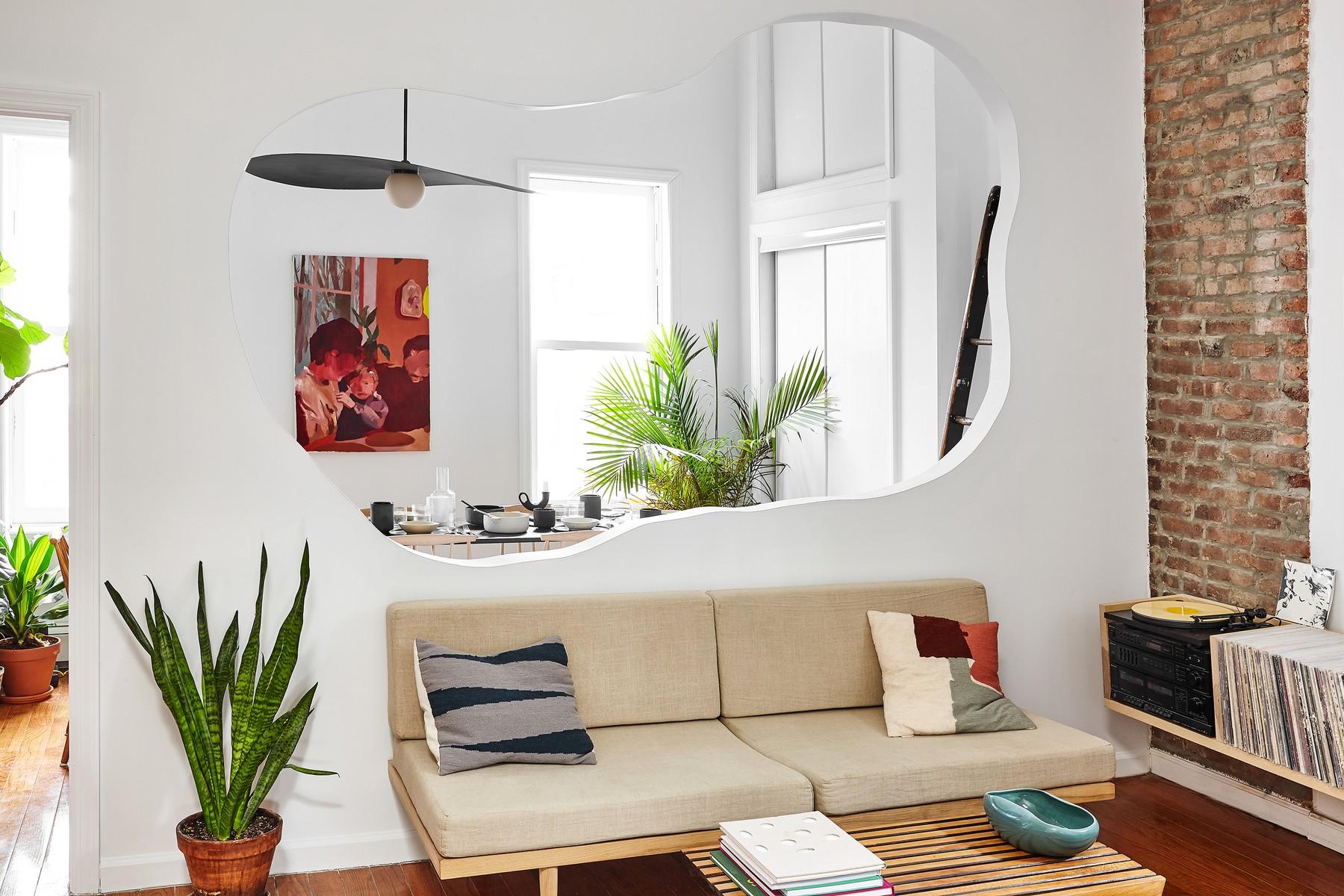 Bushwick Apartment by Michael Yarinsky, Brooklyn, USA