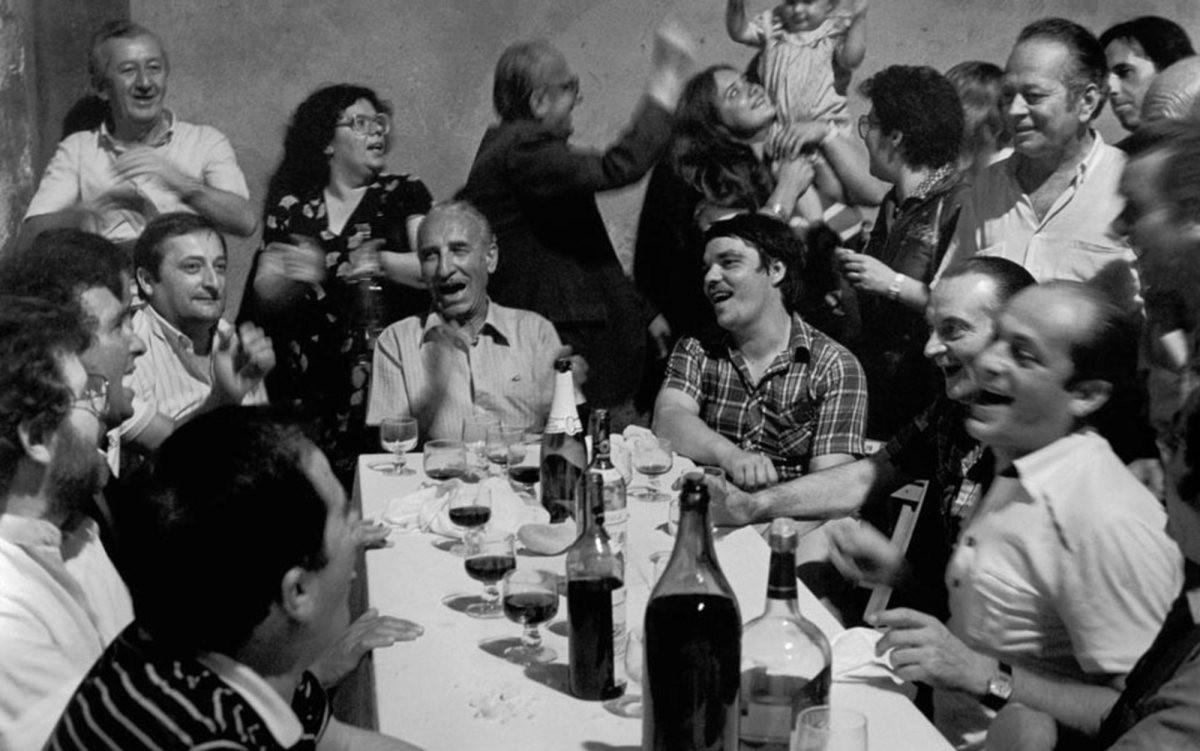 big-italian-family.jpg