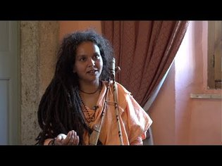 Make Your Life into a Prayer: Parvathy Baul - YouTube