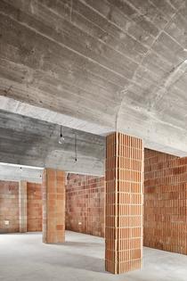 aulets-arquitectes-felanitx-archives-designboom-03.jpg