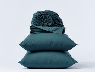 crinkledpercale_sheets_aegean_b_fall20__copy_3.jpg?quality=90-fit=bounds-height=560-width=700