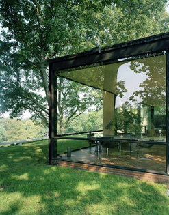 ignant-architecture-eirik-johnson-glasshouse-02-1606x2048.jpg
