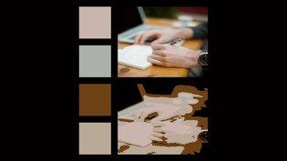 Canvas color palette slideshow