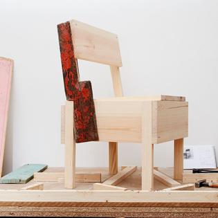 cucula-refugee_autoprogettazione-furniture_enzo-mari_verena-bruning_dezeen_sqa.jpg