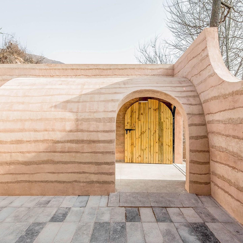 Hypersity - Cave House
