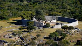 Great-Zimbabwe-ruins-.jpg