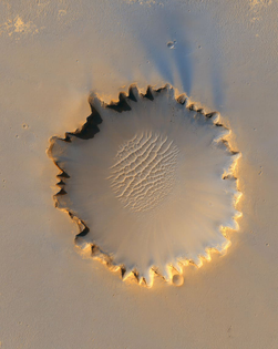 mars-planet-crater-victoria-crater.jpg