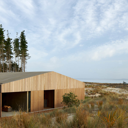 Fearon Hay is an international architecture practice with design studios in Auckland and Los Angeles.