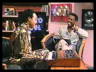 Roger Troutman on The Talkbox [Video Soul - 1987]