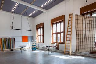 kvadrat-soft-cell-studio-caruso-st-john-interiors-offices_dezeen_2364_col_28.jpg