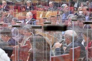 barvarian_parliment.jpg