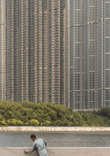 eden-of-the-orient-kris-provoost-photography-hong-kong_dezeen_2364_col_7-scaled.jpg