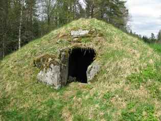 A 4000 year old cist in Sjökullen, Sweden