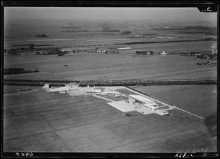 nimh_-_2011_-_1775_-_aerial_photograph_of_ypenburg-_the_netherlands.jpg