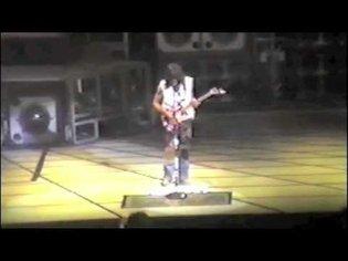 Van Halen - Unchained (1984-04-19)