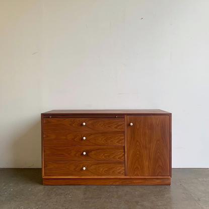 Mid Century Vintage Furniture (@vintage_on_point) posted on Instagram • Dec 12, 2020 at 12:54am UTC