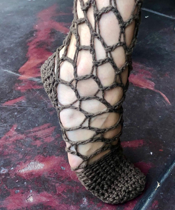 "ZAIRA 🪐 Ƹ̵̡Ӝ̵̨̄Ʒ on Instagram: ""Test 2: crochet Shoe on Vicky"""