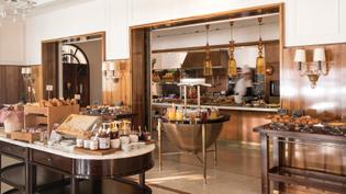 cip-din-restaurant-buffet-breakfast02_3600x2025.jpg