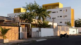 manga-vila-santa-therez-laurent-troost-architectures-manaus-brazil_dezeen_hero.jpg