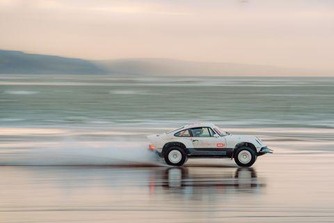 Singers Off-Road Porsche 911