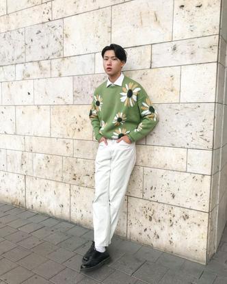 "Thomas Chu on Instagram: ""Sunflower 🌻"""