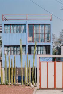 o-gorman-photography-casa-o-gorman-diego-rivera-frida-kahlo-mexico-city-mexico-lorenzo-zandri_dezeen_2364_col_8-852x1274.jpg