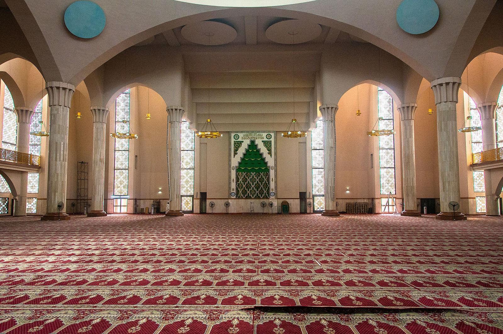 abuja-national-mosque-nigeria.jpg