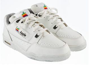 1990s-apple-sneakers-designboom-06-08-2017-818-002-1-818x599.jpg
