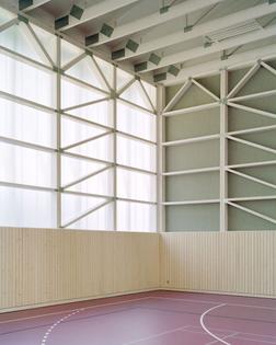 Almannai Fischer_Turnhalle Haiming