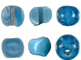 """""""These beads varities, known as """"Early Blue"""" and """"Ichtucknee Plain,"""" have never before been dated to pre-Columbian times. (photo by Lester Ross; courtesy of Robin O. Mills)"""""""