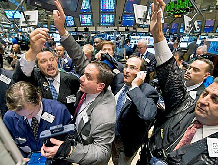 wall_street_stock_market_traders765102885438a082a60co.jpg
