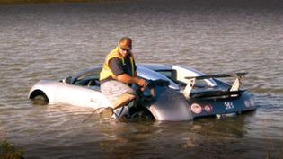 Bugatti-Veyron-Crash.jpg
