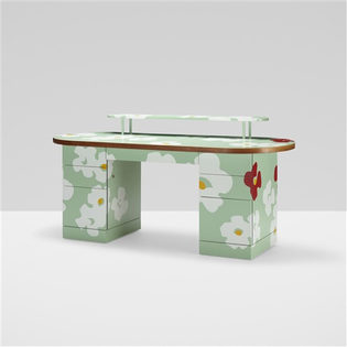 denise-scott-brown-and-robert-venturi-customized-desk.jpg