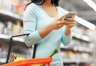 woman-grocery-shopping-cell-phone-desktop.jpg