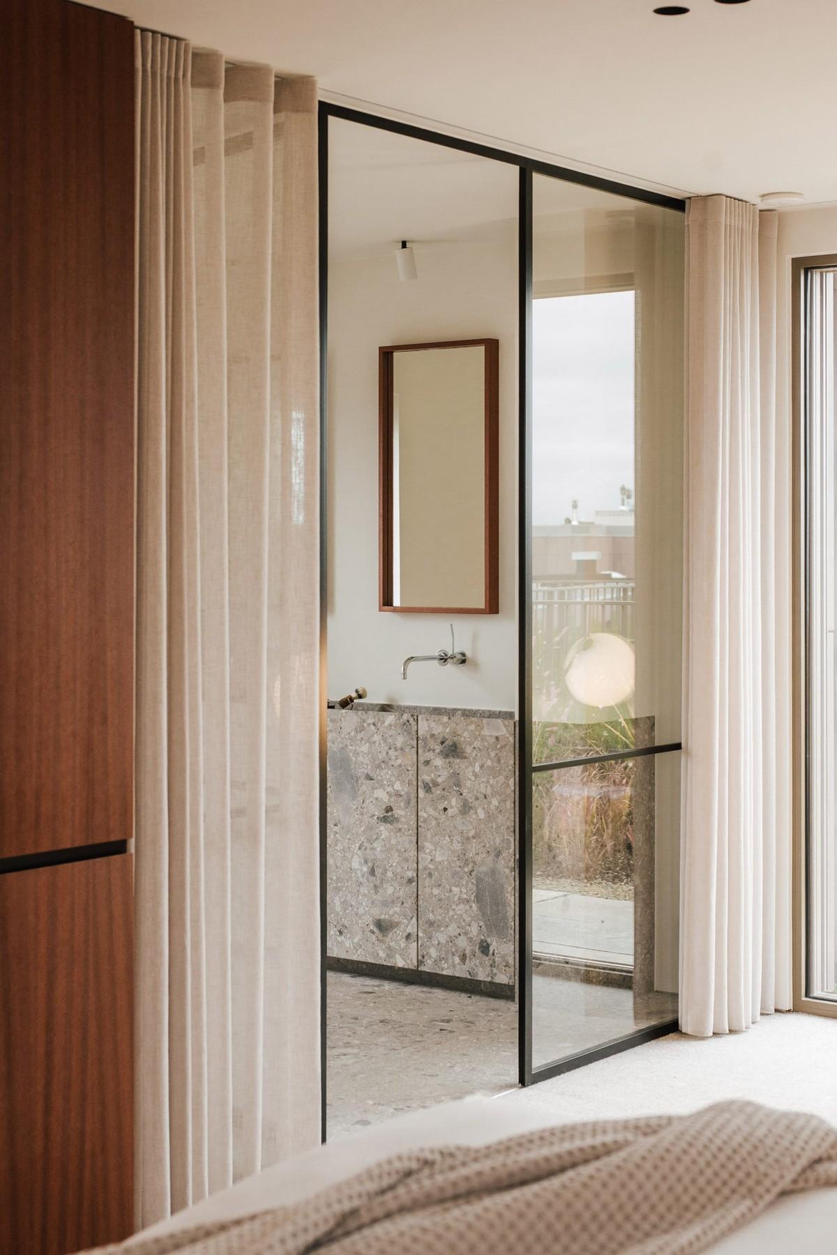 Penthouse apartment in Hasselt, Belgium (designed by Adjo Studio)