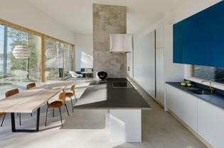 dalarna-house-dive-architects-stockholm-sweden_dezeen_2364_col_12-852x564.jpg