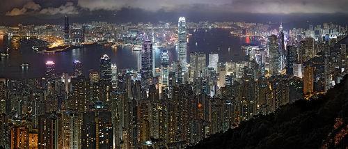 wikimedia-hong_kong_night_skyline_non-hdr_9390_1540.jpeg