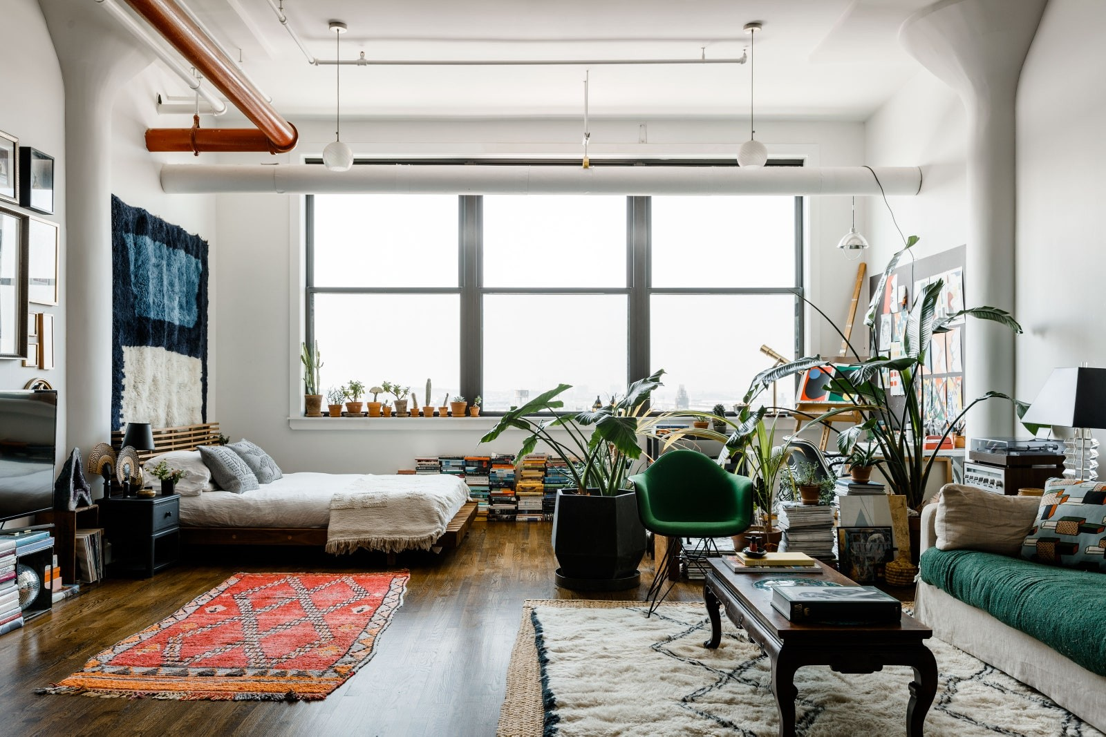 beni-rugs-apartment-brooklyn-01.jpg