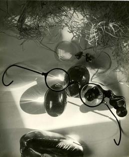 jaromir-funke-2c-glass-and-reflection-2c-1929.jpg