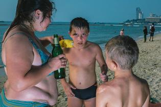 Larry-Hallegua-Pattaya-Beach-photography-itsnicethat-11.jpg